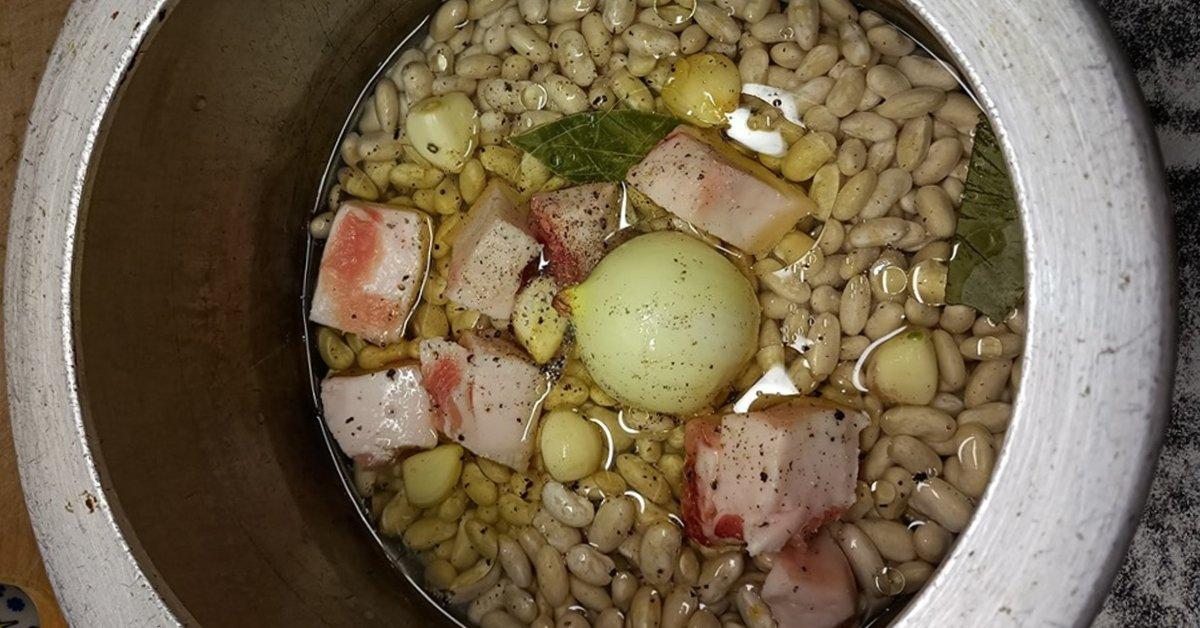 Рецепт пюре из фасоли в скороварке thumbnail