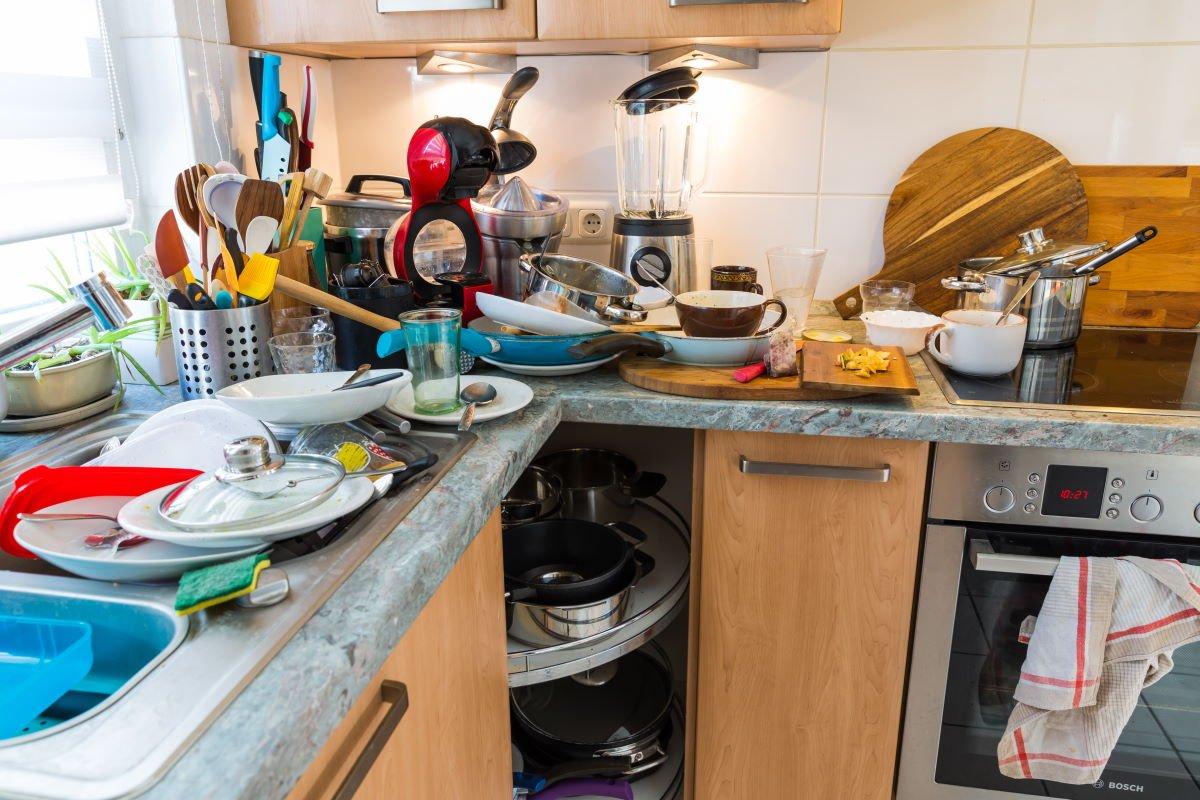 О домашних обязанностях и о том, кому суждено мыть унитаз в большой семье