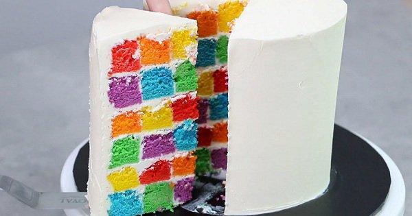 Отличный десерт к детскому празднику. Твой малыш будет в восторге от такого сюрприза!