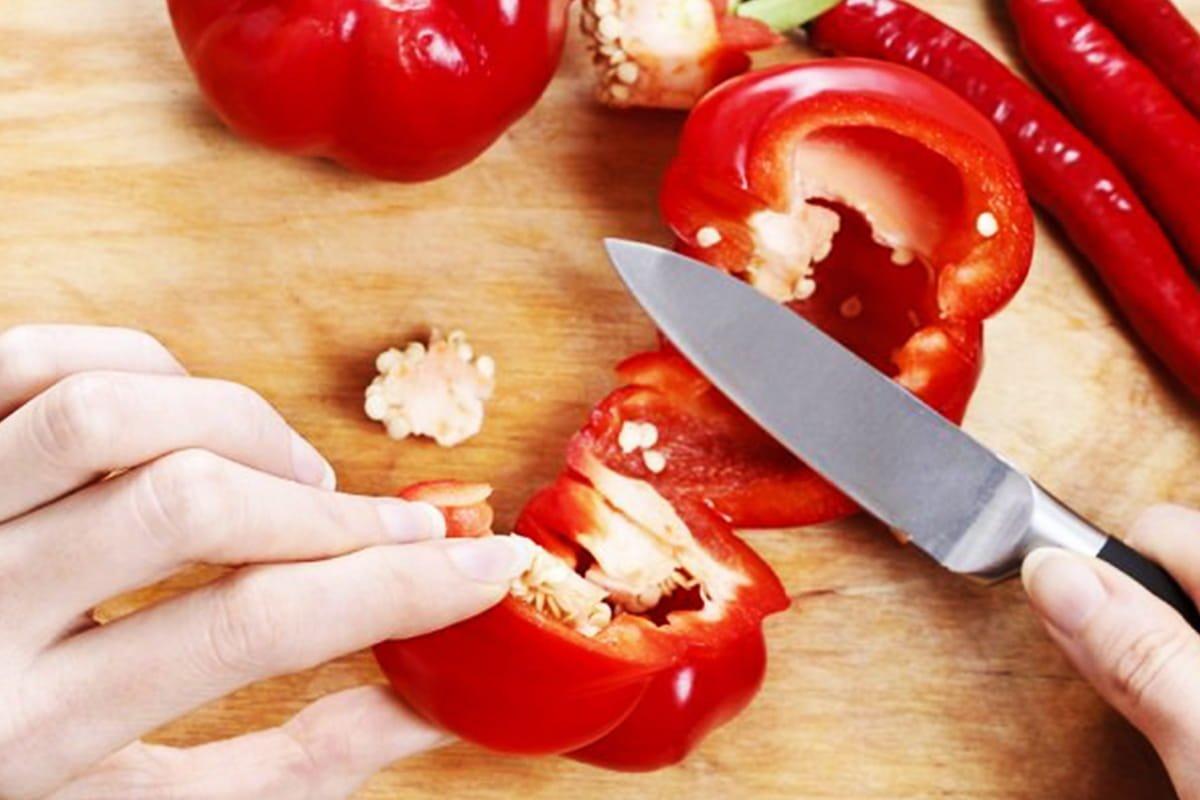 Почему прозорливые хозяйки готовят аджику из кабачков аджику, овощи, будет, аджики, банки, нужно, иначе, чтобы, кастрюлю, болгарского, кабачки, минут, варим, мясорубке, попробовать, рецепт, минутЧерез, полчаса, сахар, добавляем
