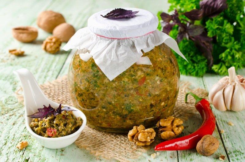 грузинская аджика с грецким орехом