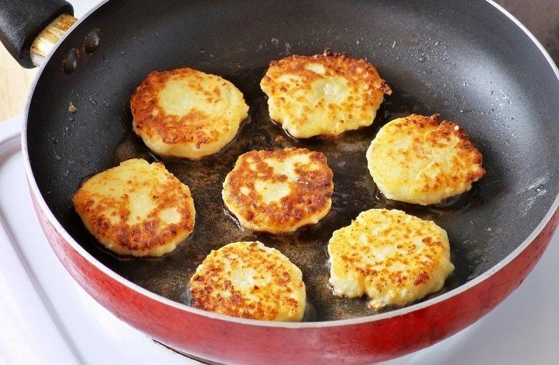 рецепт вкусных сырников из домашнего творога