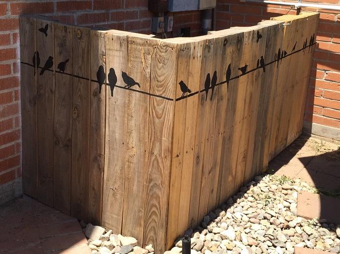 простые рисунки на заборе