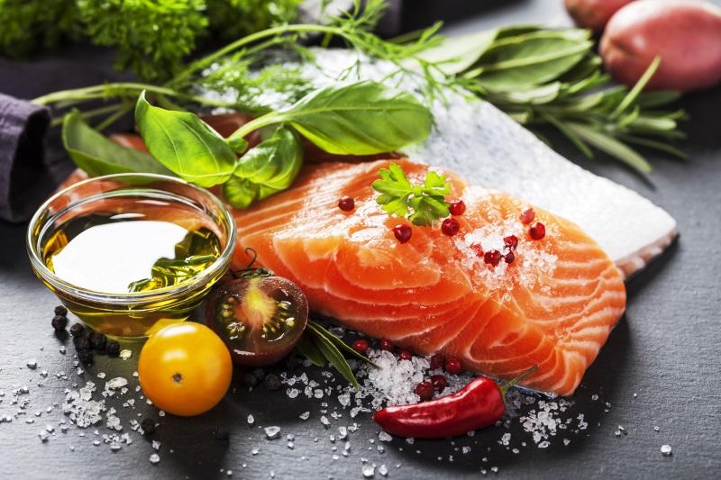 филе рыбы в омлете в духовке