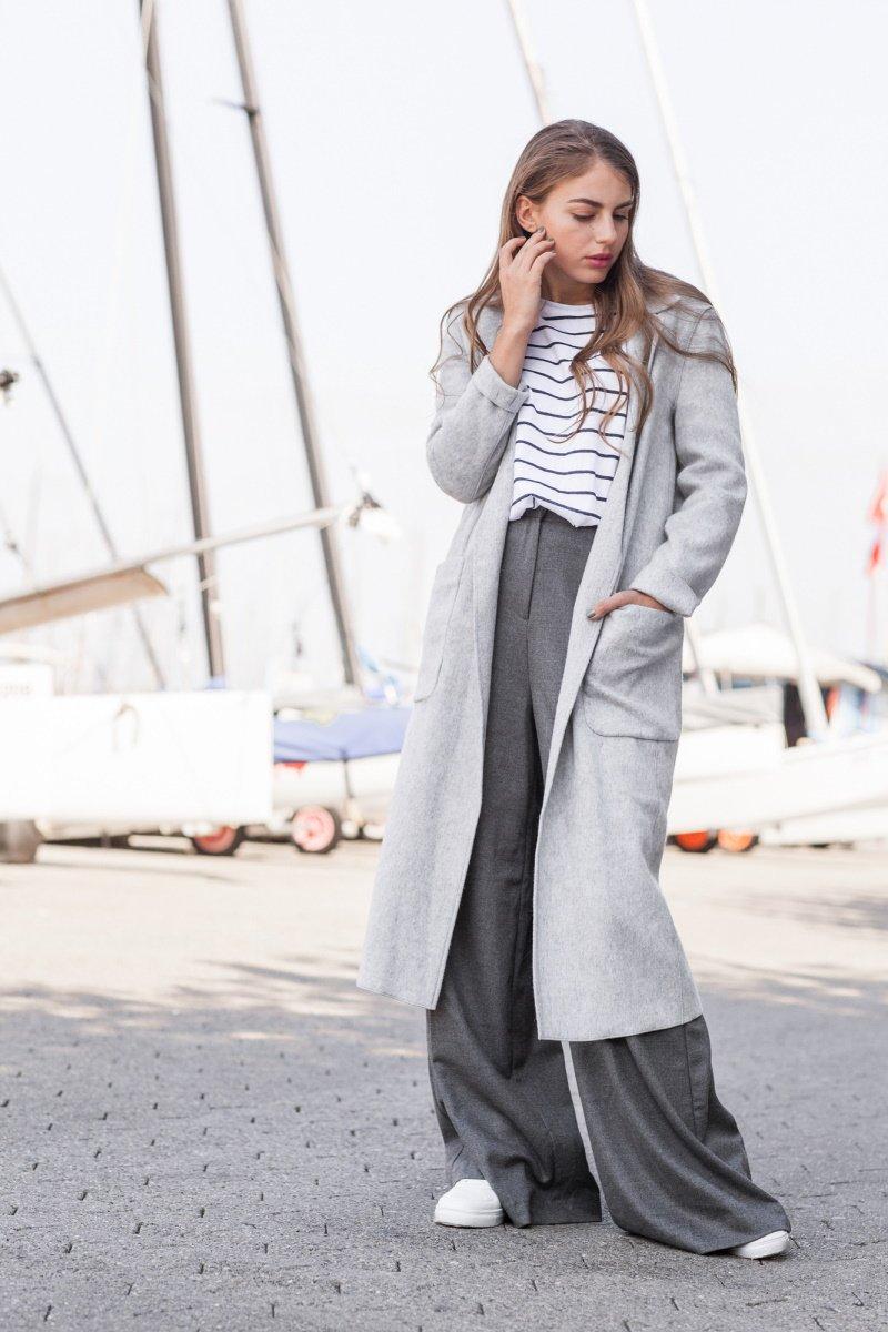 с чем носить широкие атласные брюки