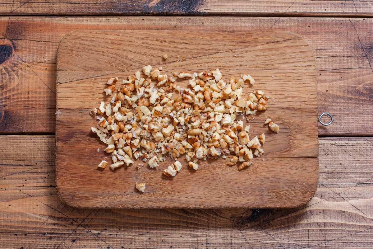 как измельчить грецкий орех для салата