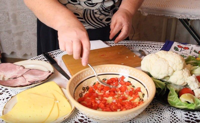 салат из цветной капусты с майонезом и чесноком