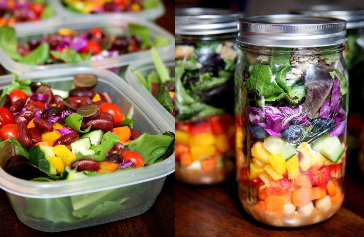 салат в контейнерах