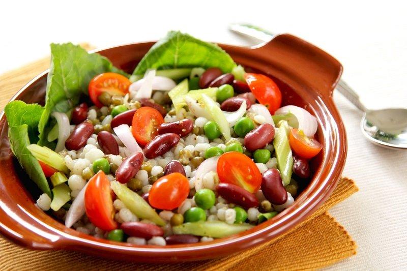 Варианты приготовления салата с фасолью и морковкой