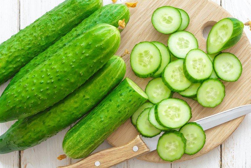салат с луком зеленым