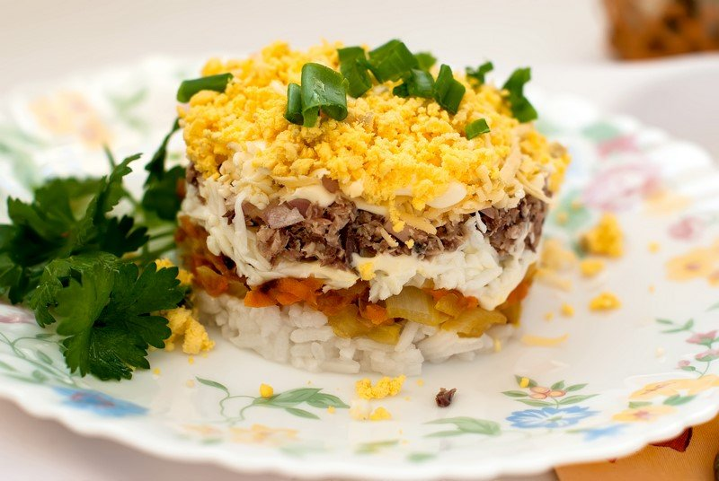 Сочный салат «Пожалуйста, добавки» готовлю для семьи на каждый праздник. Для заправки использую…