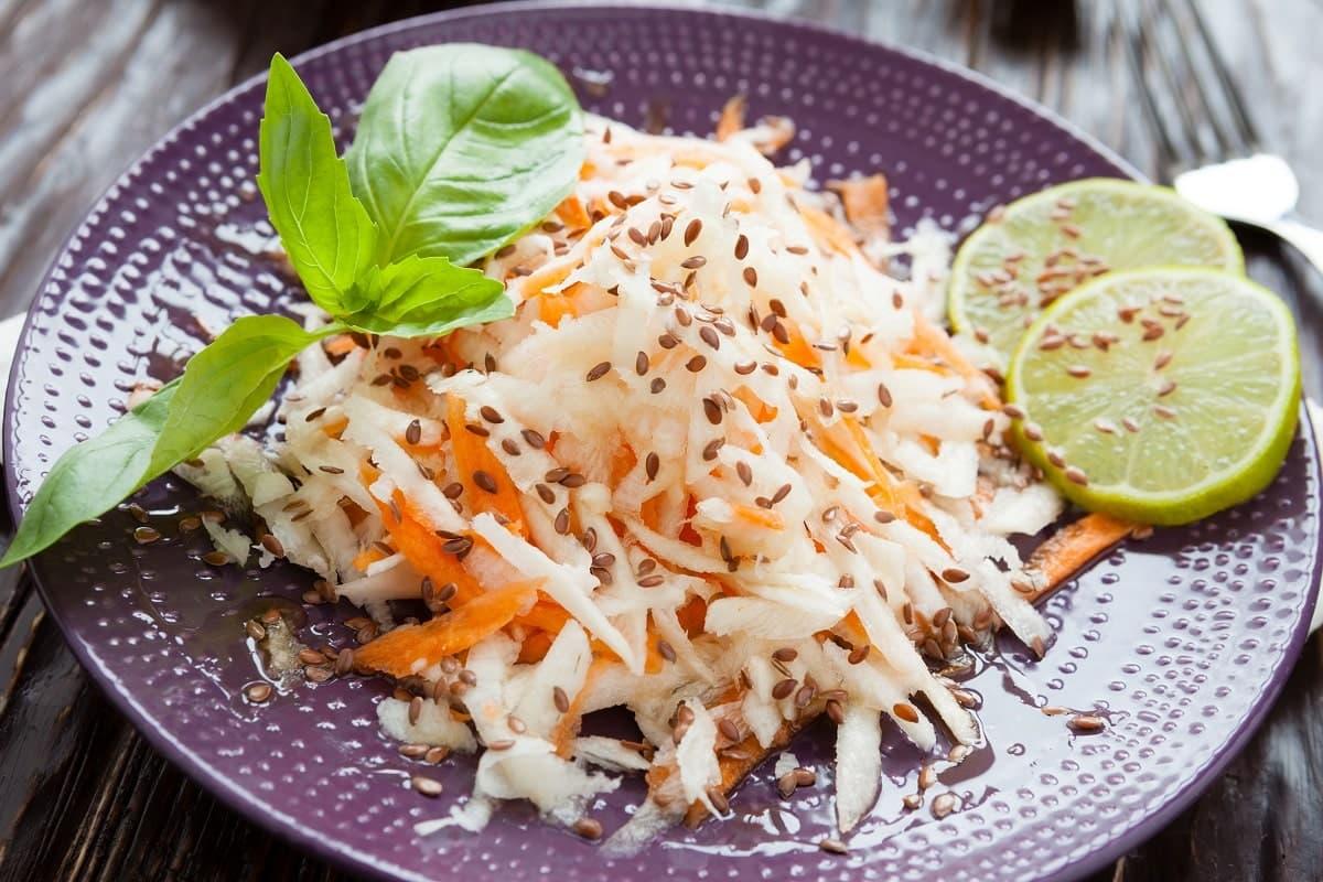 зеленая редька салат рецепт