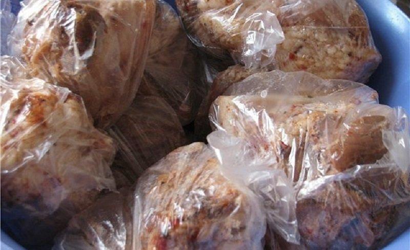 сало вареное со специями в пакете