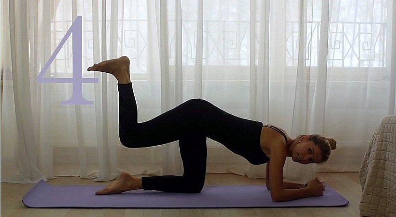 отведение ноги назад с упором на руки