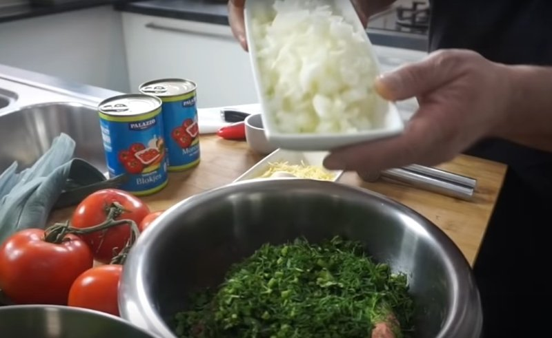 баклажаны с фаршем в духовке по армянски