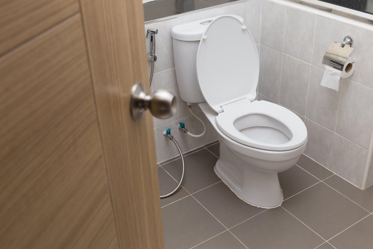Сантехника в квартире и как удобно обустроить ванную комнату