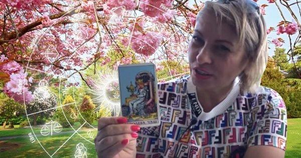 Весенний прогноз от Анжелы Перл