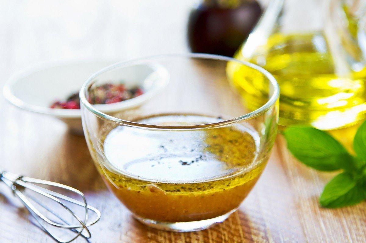 Французский салат «Бесстыдница», который хорошо заходит, когда оливье надоело Кулинария,Советы,Горчица,Лук,Салаты,Сельдь,Специи,Яйца