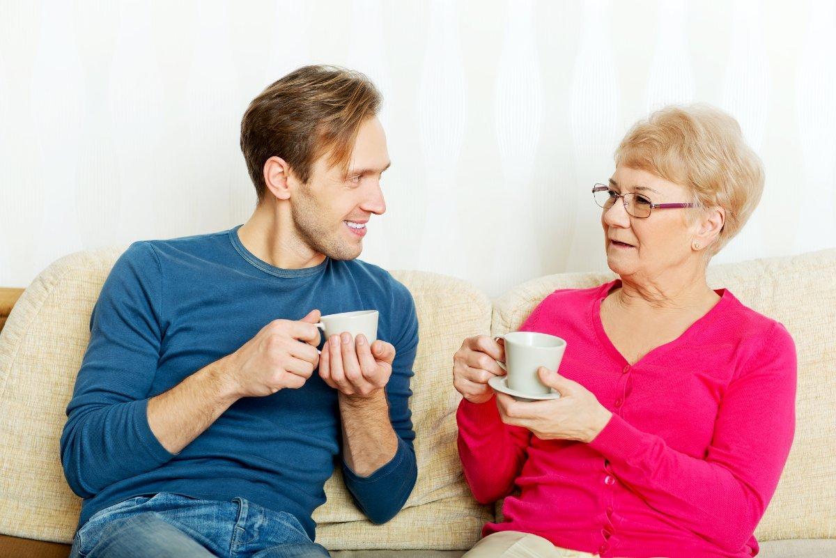 Семья и семейные отношения, не поддающиеся никакой критике