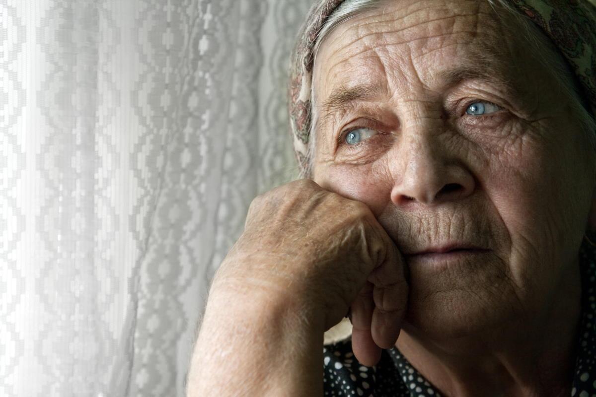 Вызвала бабушку на серьезный разговор после уборки в квартире, но она отказалась переписывать на меня квартиру Вдохновение,Советы,Жизнь,Жилье,Наследство,Помощь,Психология