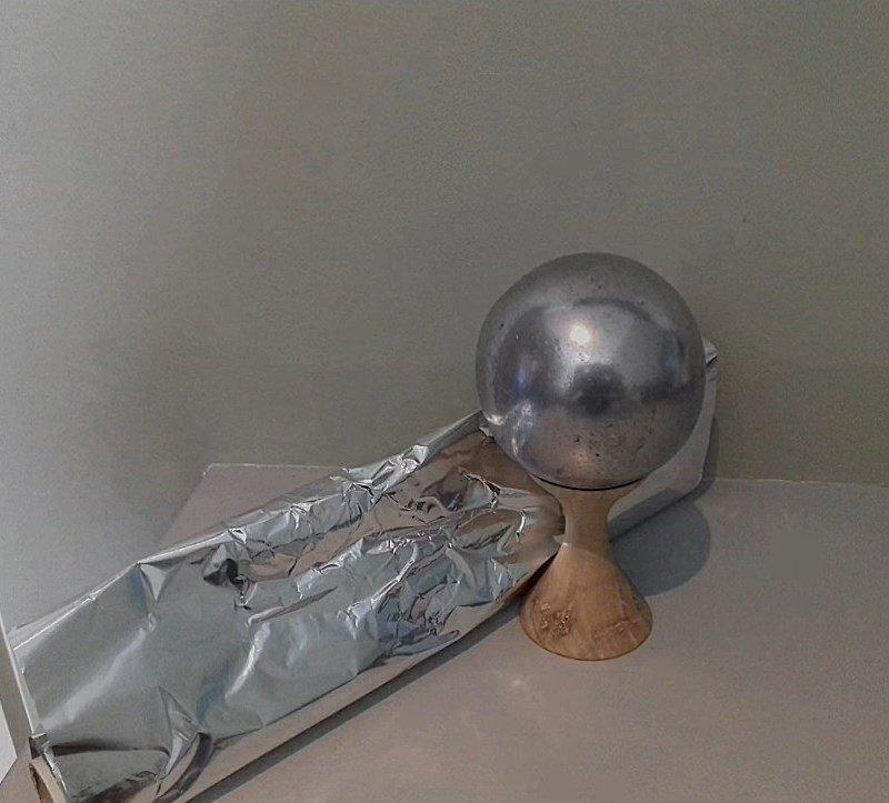 новогодний шар из фольги