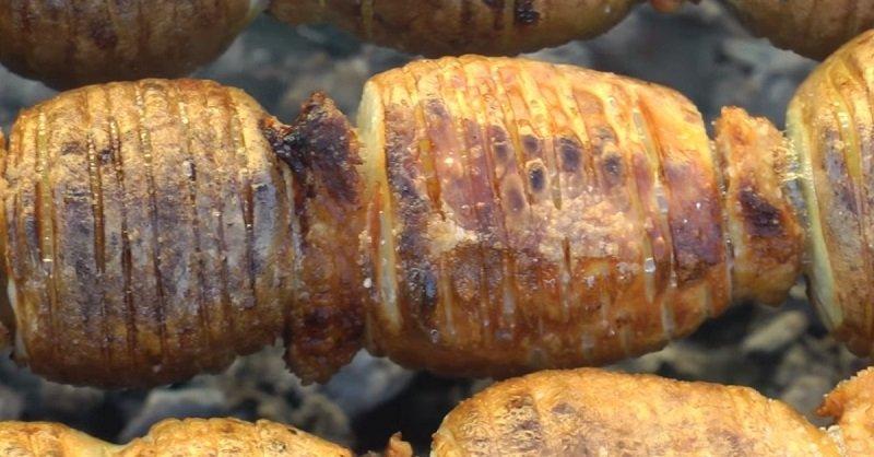 шашлык из картошки на мангале
