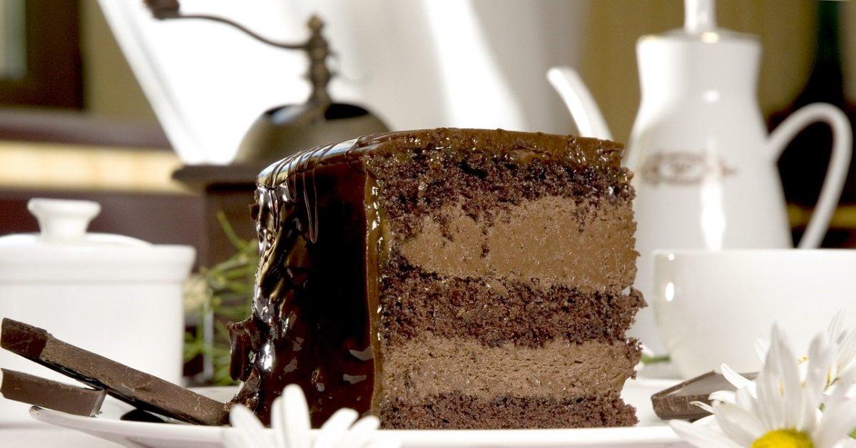 Рецепт торта «Шифоновая Прага». Для самых искусных сладкоежек!