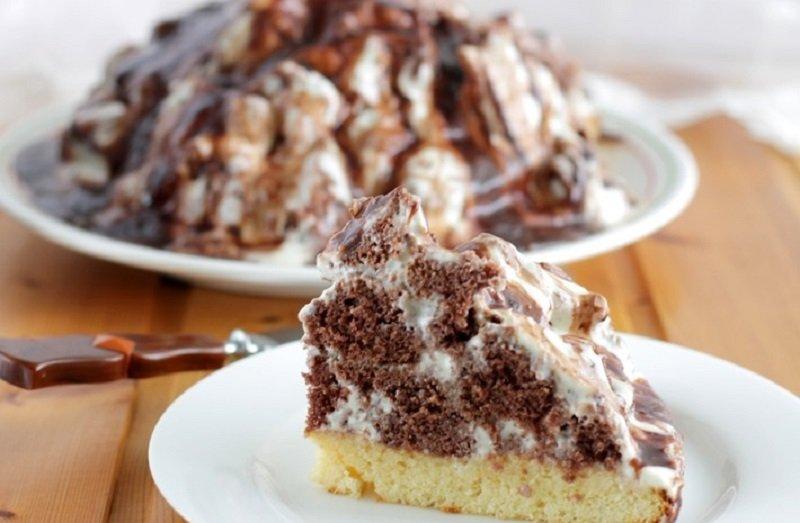 шоколадный торт с сметанным кремом