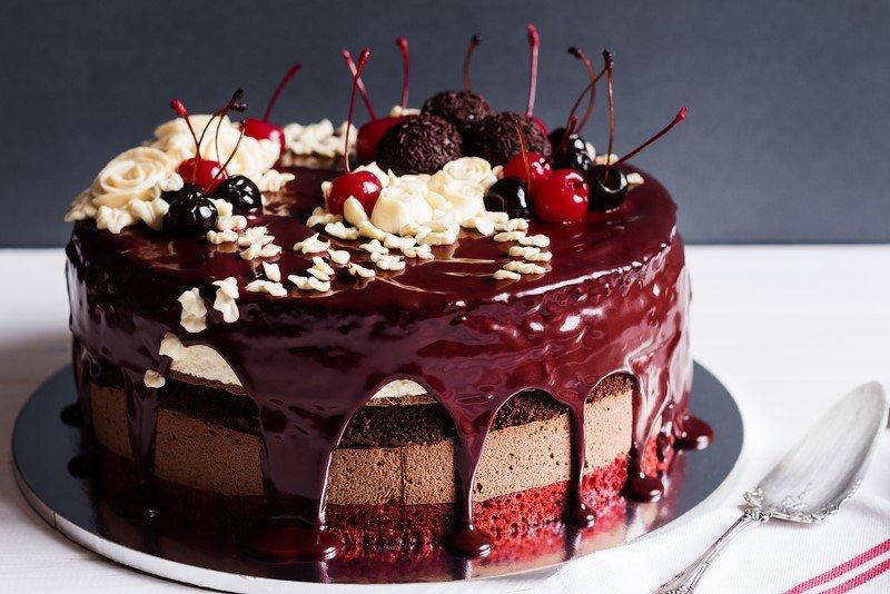 торт с вишней желе