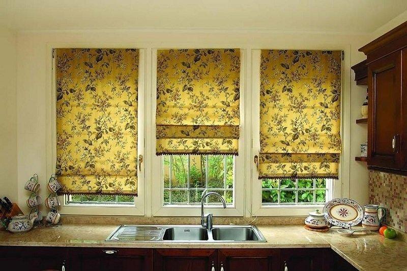 шторы на кухню большое окно