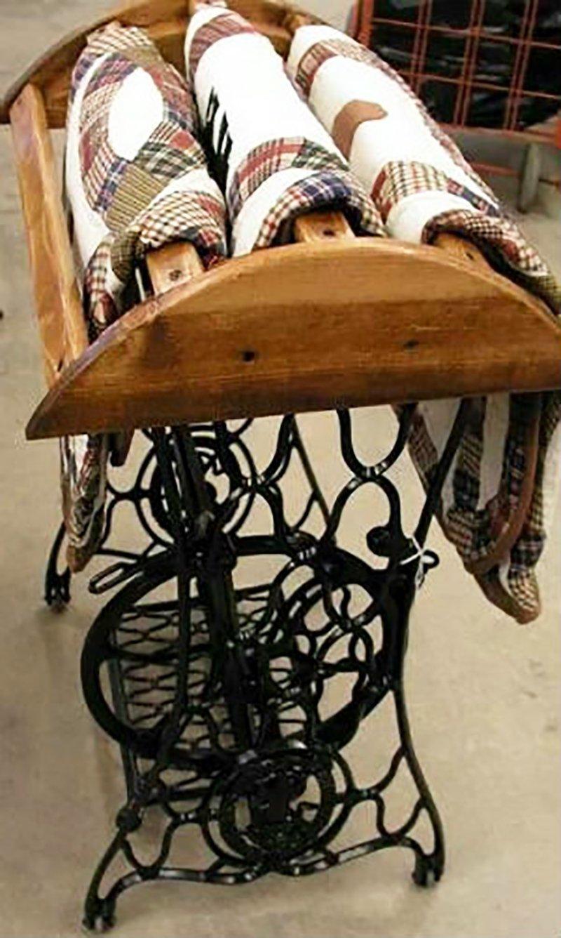 стойка для покрывал из швейной машинки