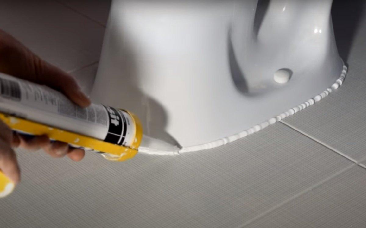 силиконовые швы в ванной