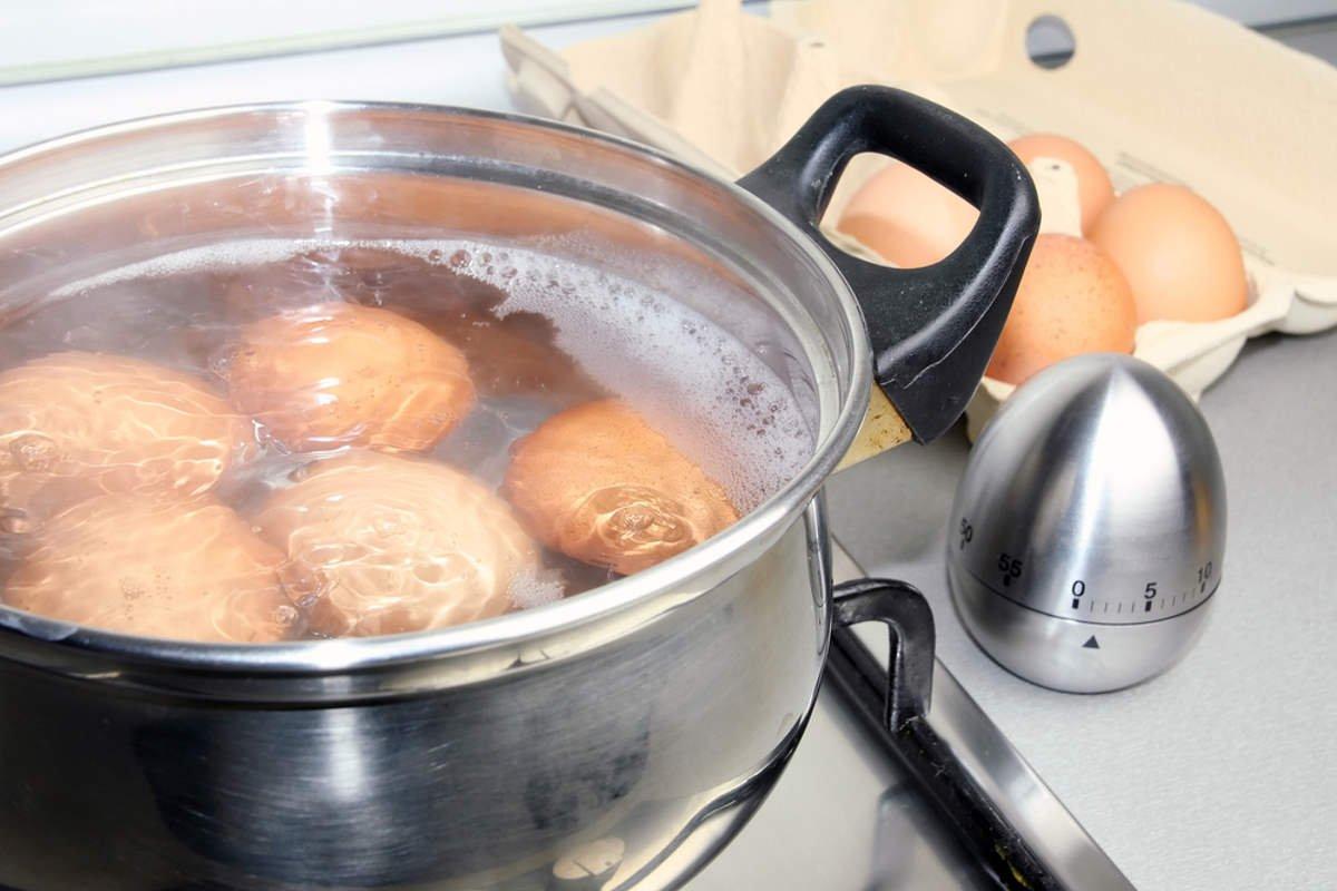 варить яйца в смятку