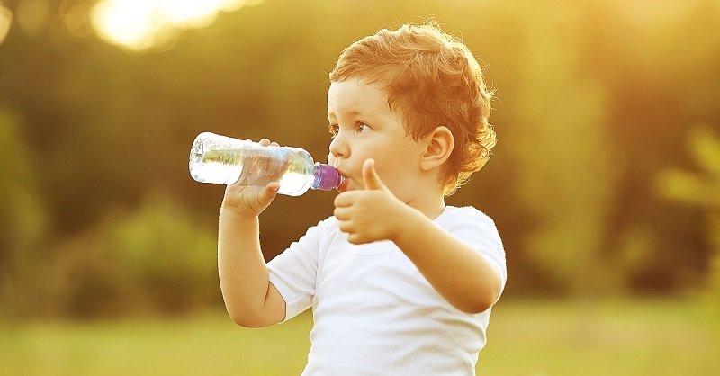 сколько нужно пить воды в день и зачем