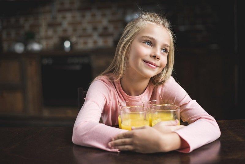 сколько надо пить воды детям