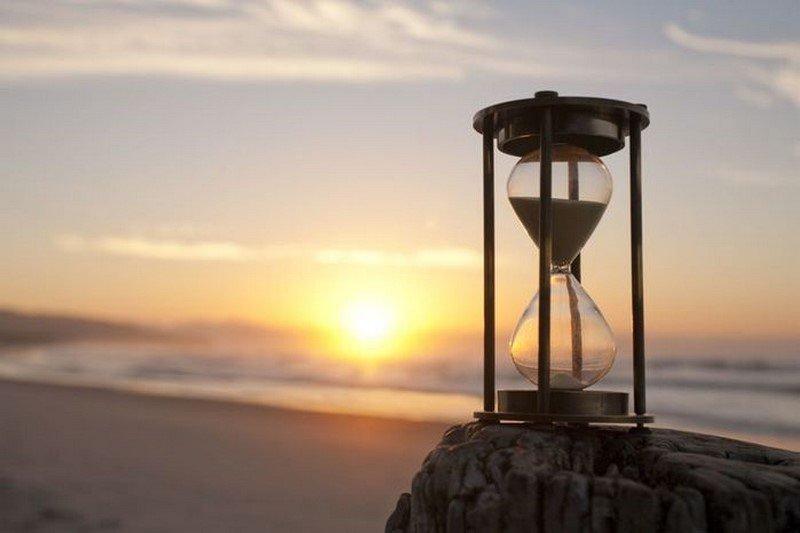 знак песочные часы