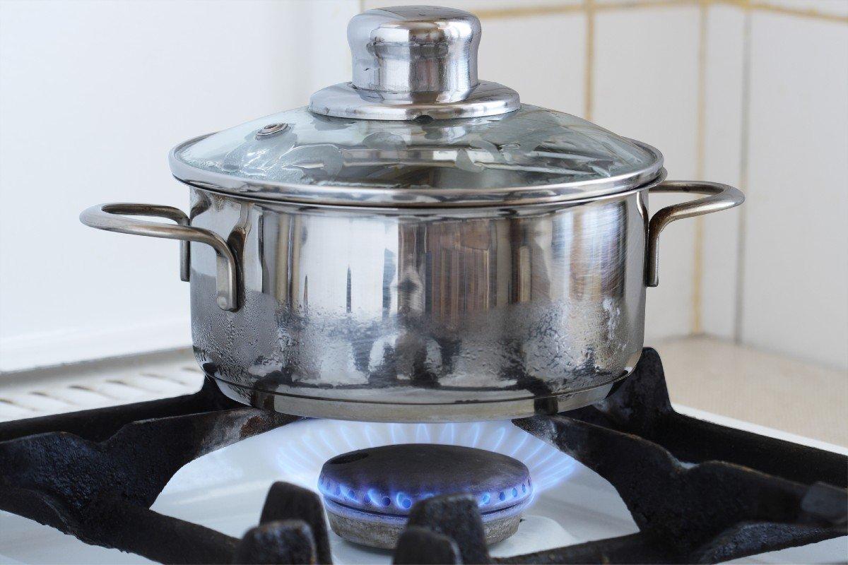 Скумбрия в томате — идеальный рецепт приготовления в банке