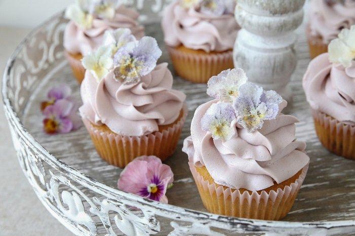 засахаренные цветы для торта