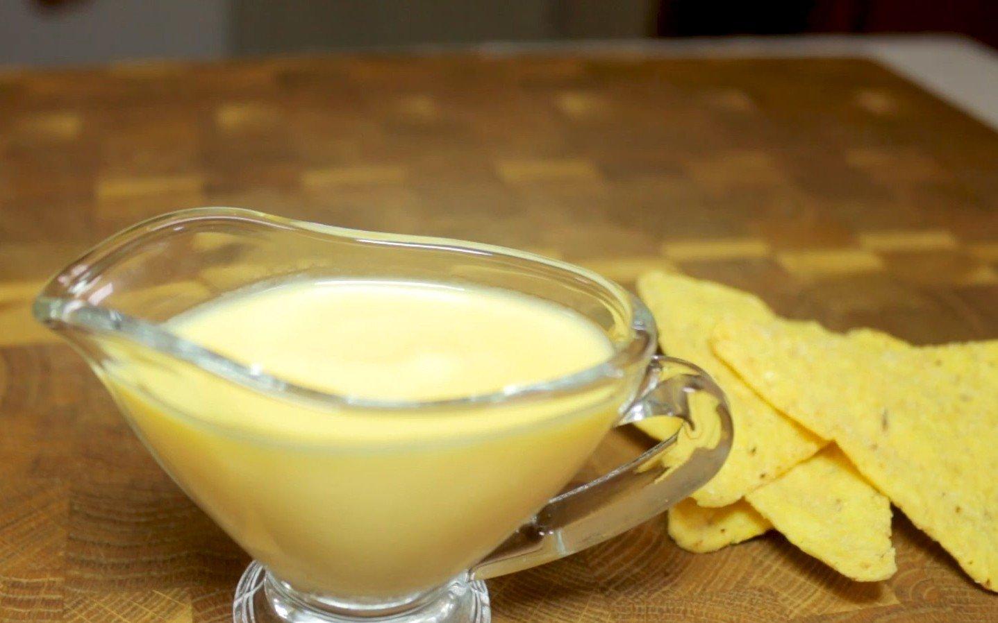 Как успокоить свекровь, что берется выбрасывать неугодные продукты из холодильника Кулинария,Масло,Мука,Соусы,Сыр