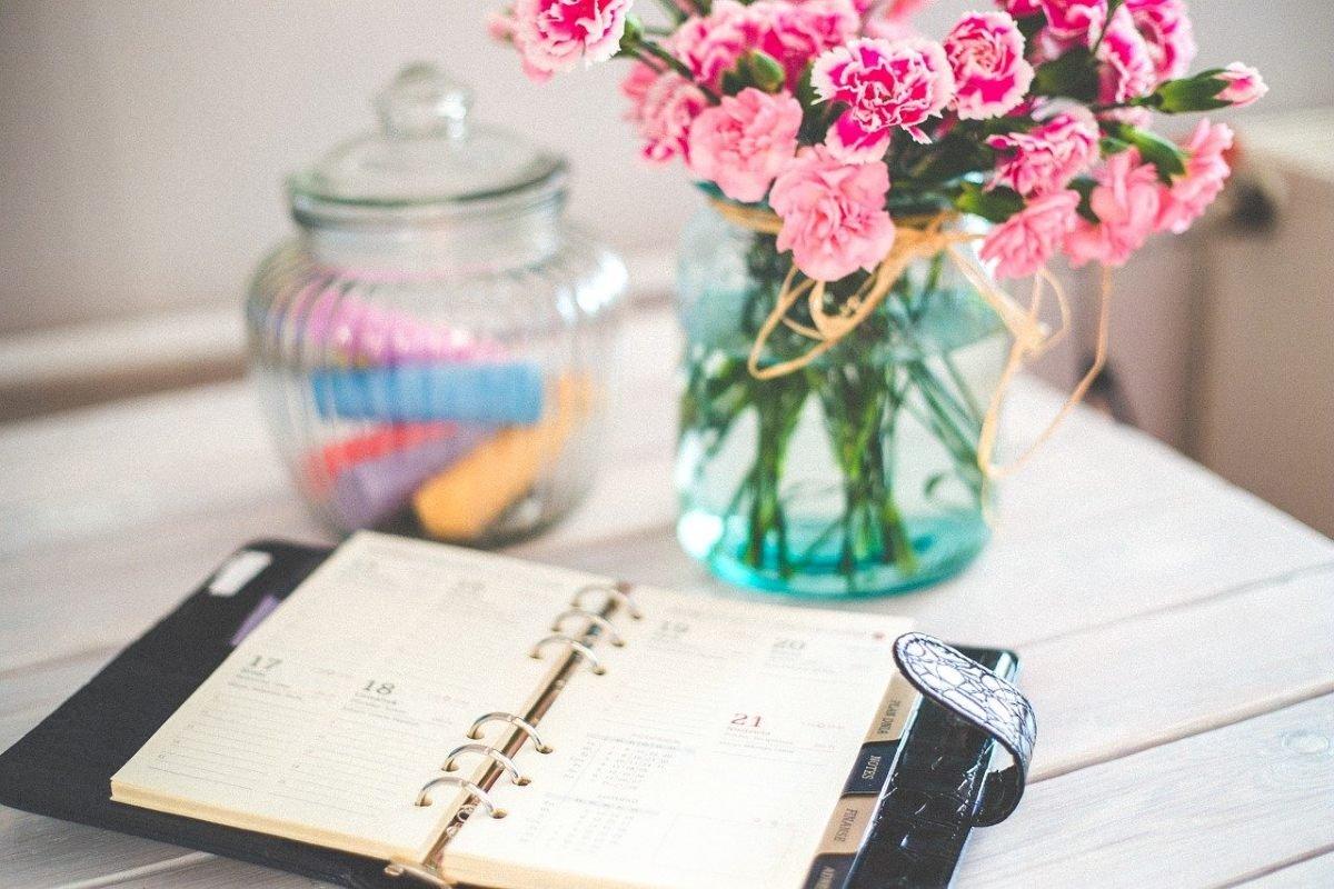 Что делать женщинам за 50, хандрящим от одиночества весной Вдохновение,Советы,Весна,Выбор,Жизнь,Перемены,Рутина,Саморазвитие