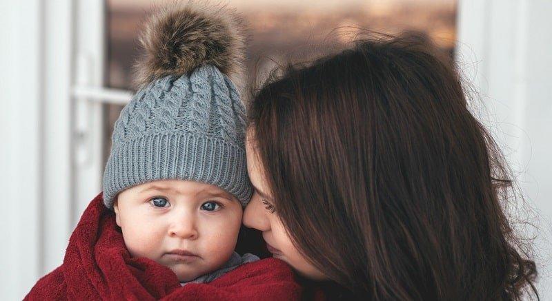 тепло одягнений дитина