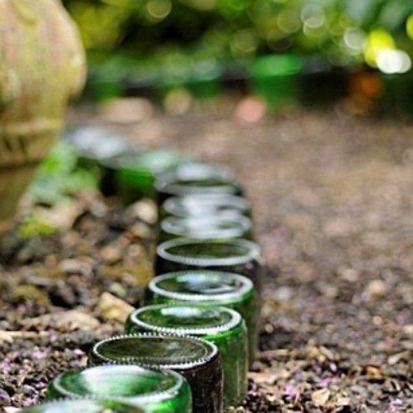 окантовка из бутылок