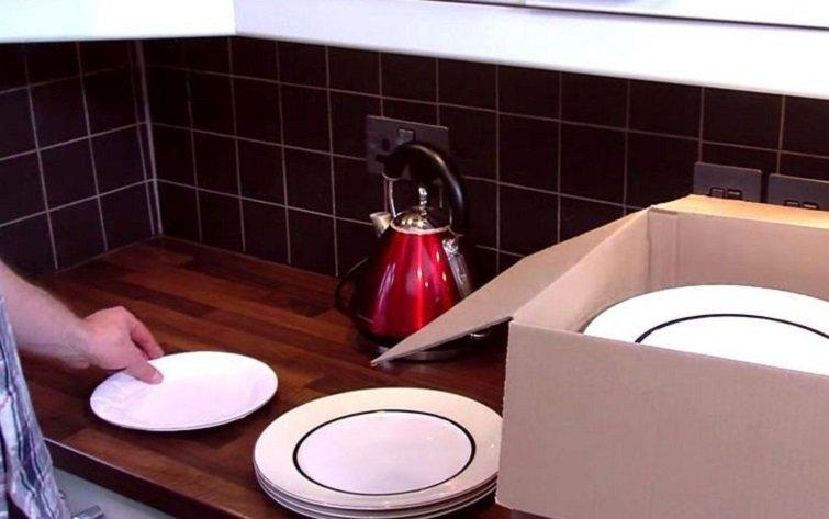 тарелки в коробке