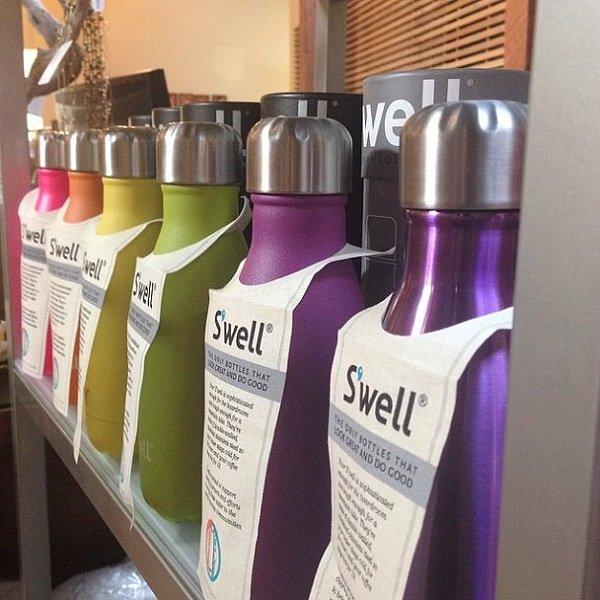разноцветные бутылки