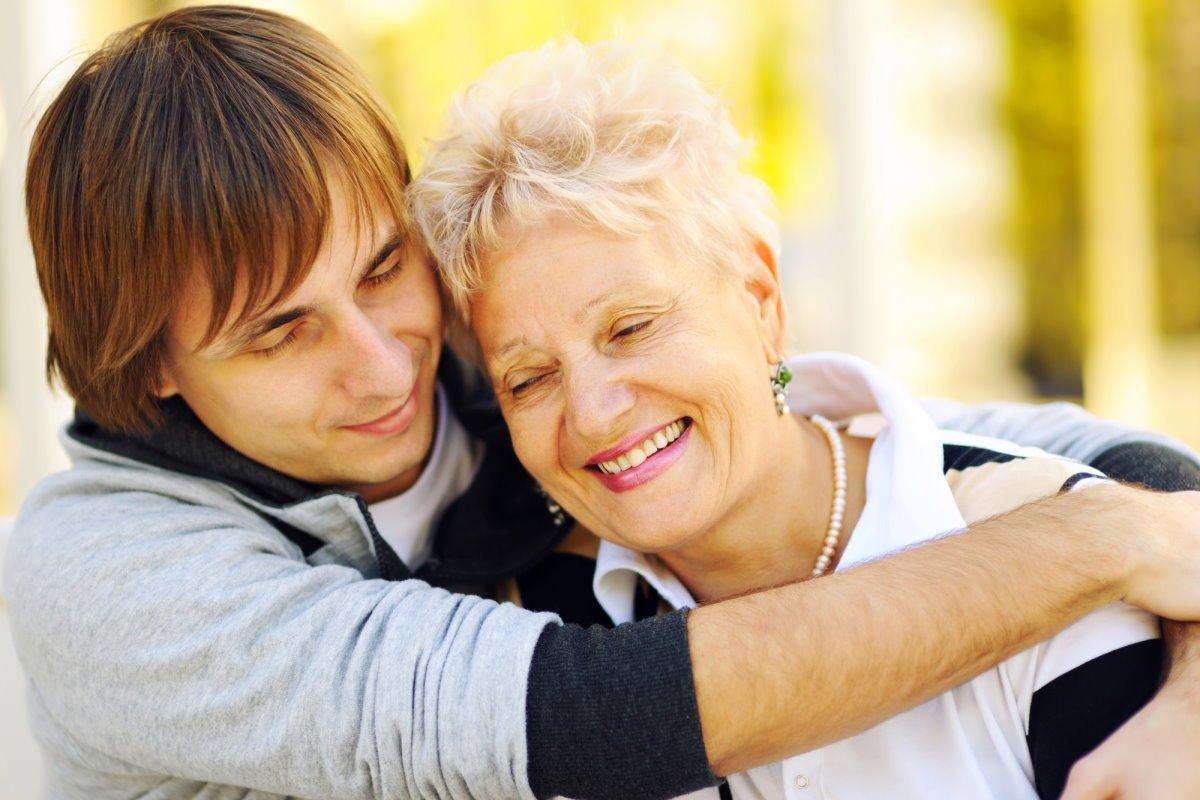 Душевные слова, которые мать хочет сказать сыну, изменяющему жене просто, своего, любила, долго, когда, домой©, вернется, взрослому, происходящим, поняла, знакомая, решила, поговорить, сыном, Большинство, сразу, только, DepositphotosВ, предстоящего, разговора
