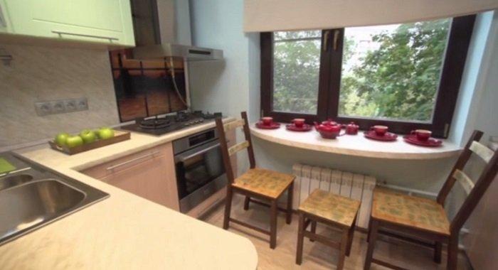 дизайн маленькой кухни из дерева