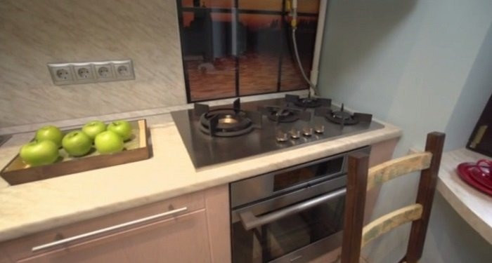 дизайн маленькой кухни и гостиной