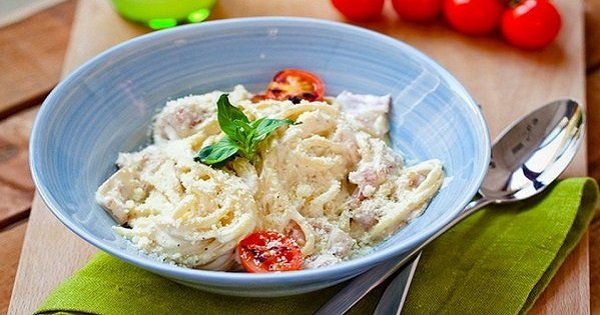 Италия на твоей кухне: этот рецепт пасты «Карбонара» подарит тебе невероятно аппетитное блюдо!