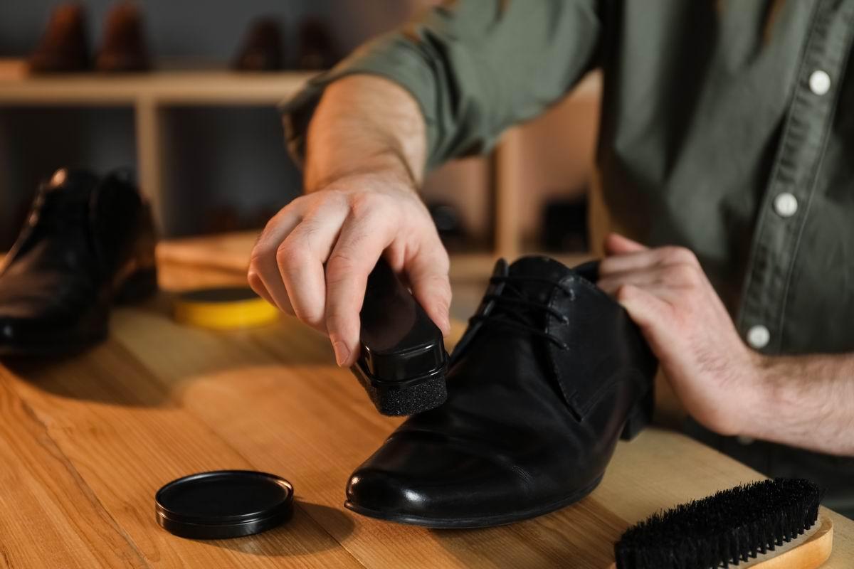 бренды средств по уходу за обувью