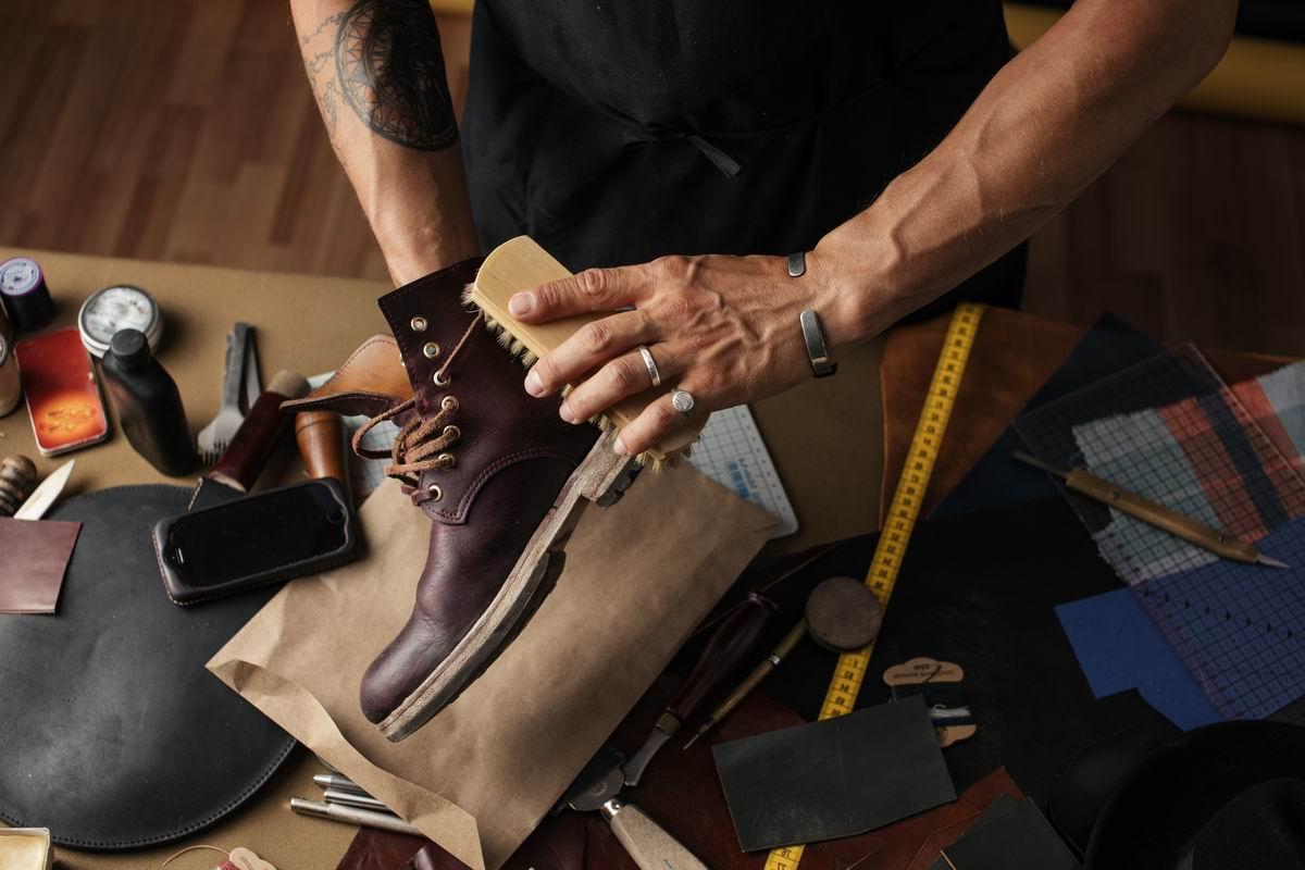 средство для ухода за обувью